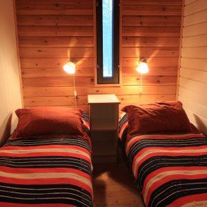 4h Seitamaja makuuhuone